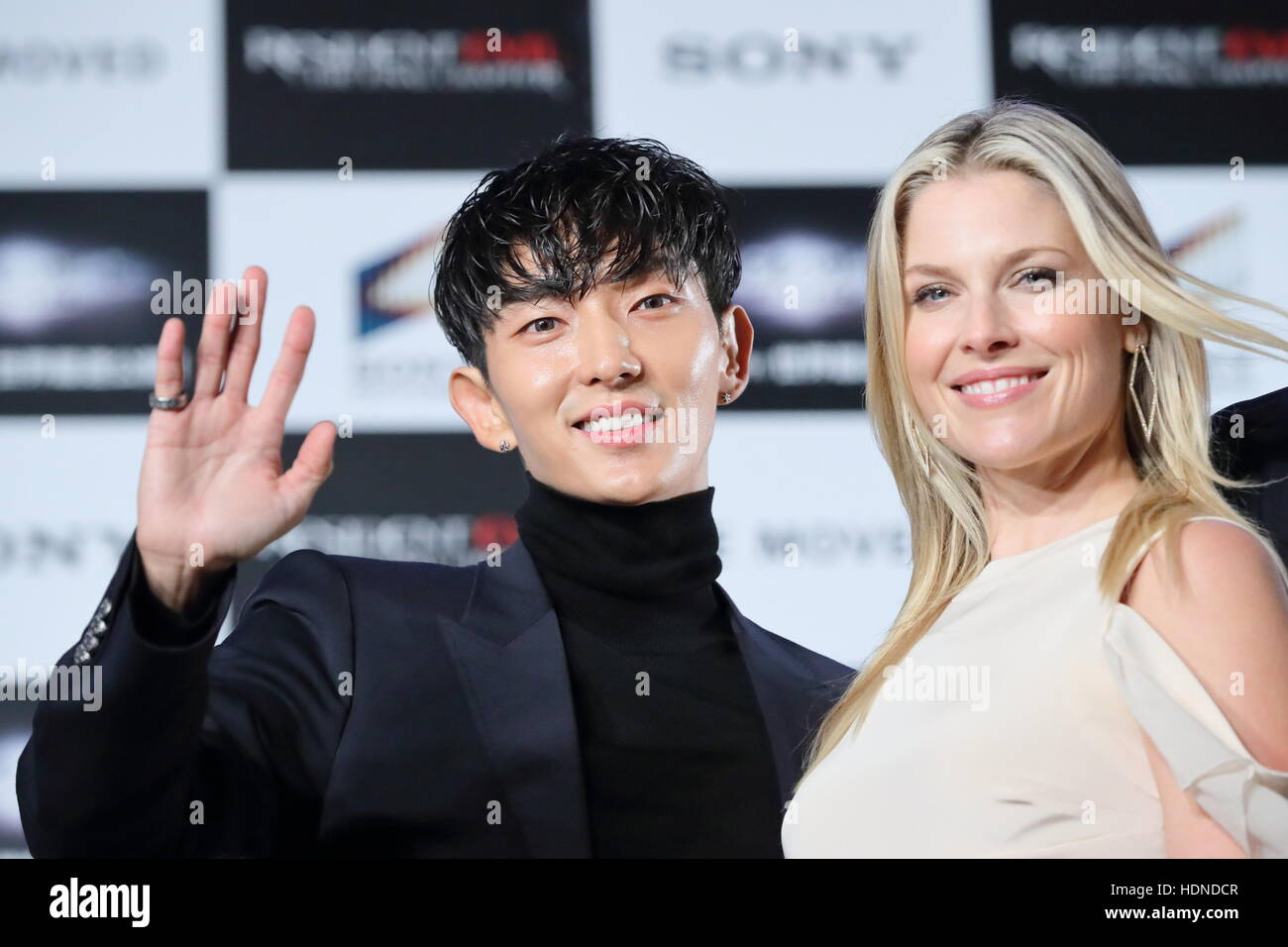 Actor Lee Joon Gi And Actress Ali Larter Attend The World Premiere