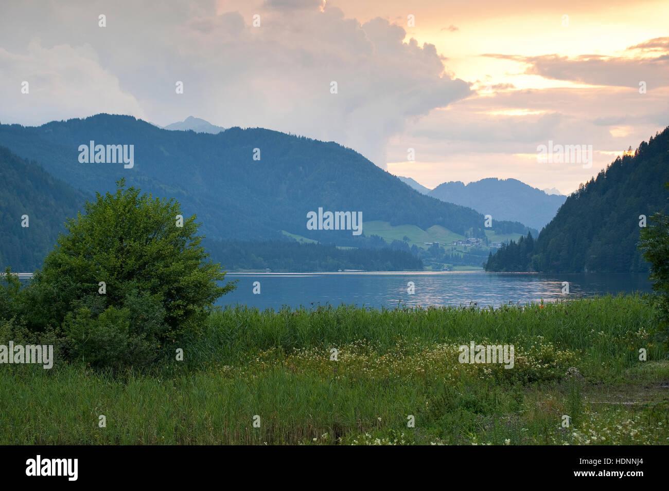 Weissensee, Weißensee, Naturpark Weissensee, See in den Alpen, Kärnten, Österreich - Stock Image