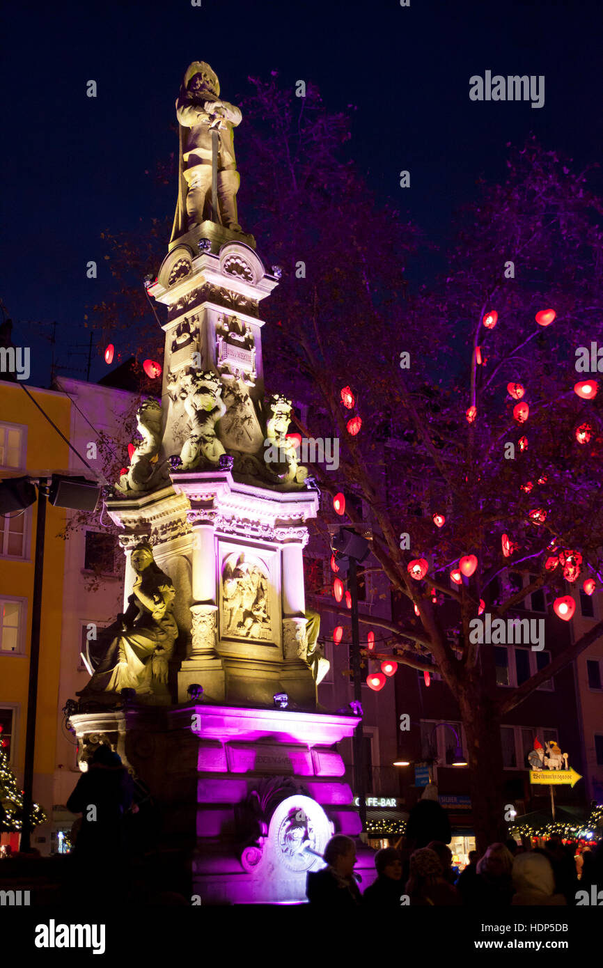 Europe, Germany, Cologne, Jan-von-Werth fountain at the Old market in the historic city center. - Stock Image