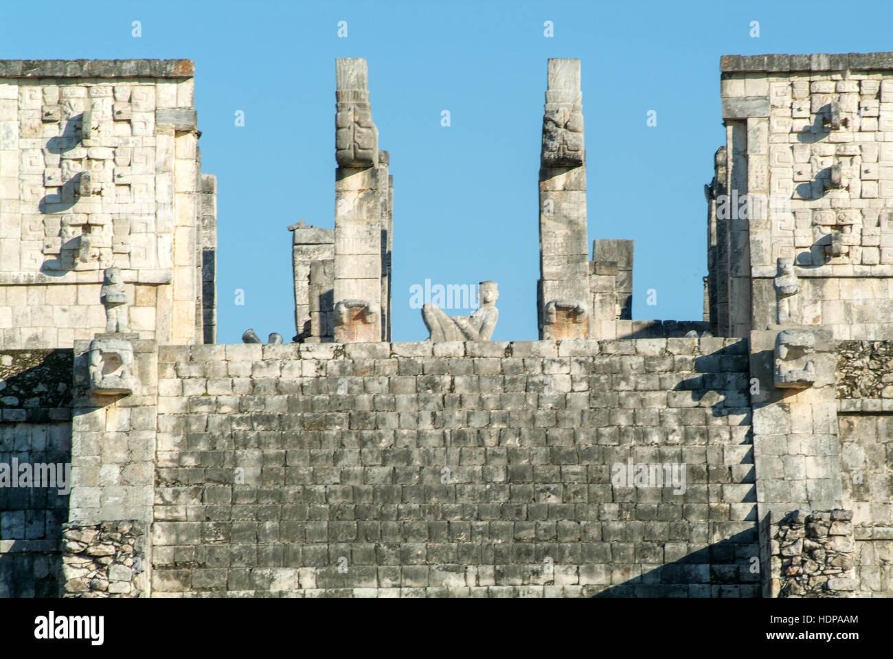 Templo de los Guerreros, Temple of the Warriors at Chichen Itza, Yucatan, Mexico Stock Photo