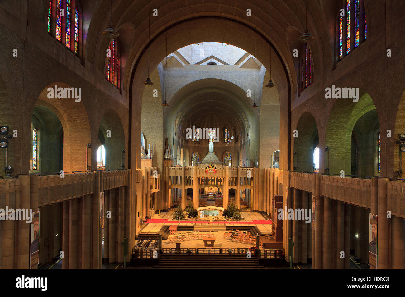 The central nave of the Basilica of the Sacred Heart (1935) in Brussels, Belgium - Stock Image