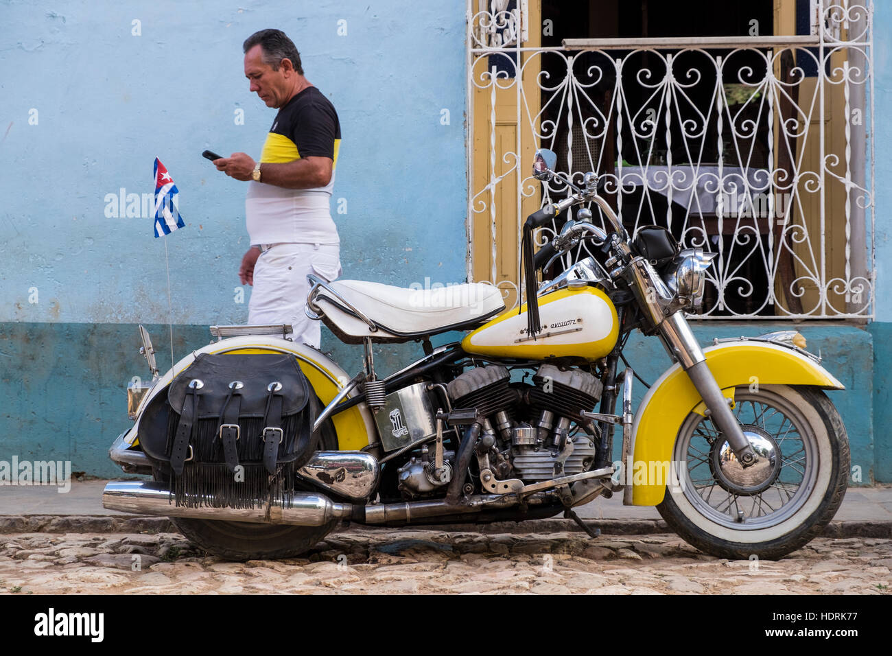 Old american Harley davidson motorcycle parked in Trinidad, Cuba - Stock Image