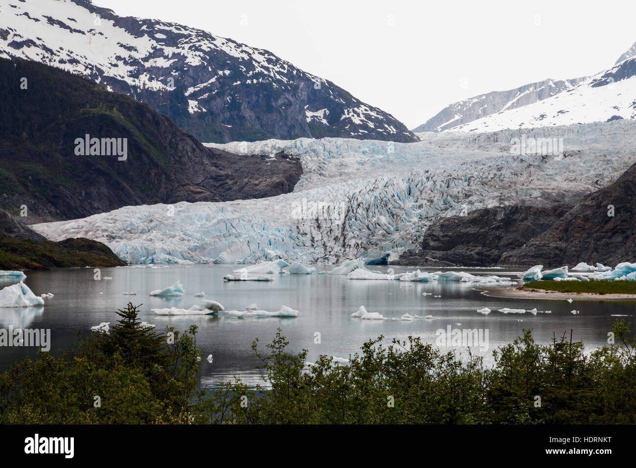 Scenic view of Mendenhall Glacier and lake, Juneau, Southeast Alaska, USA - Stock Image