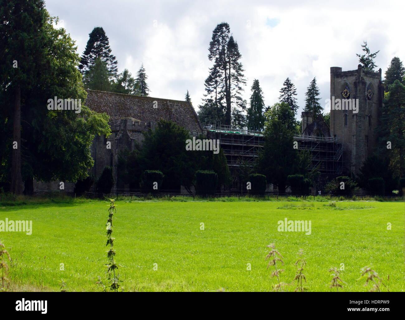 Dunkeld castle in United Kingdom - Stock Image
