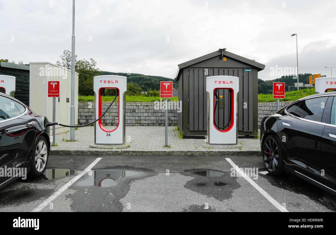 Tesla Car Charging Station Stock Photos Amp Tesla Car