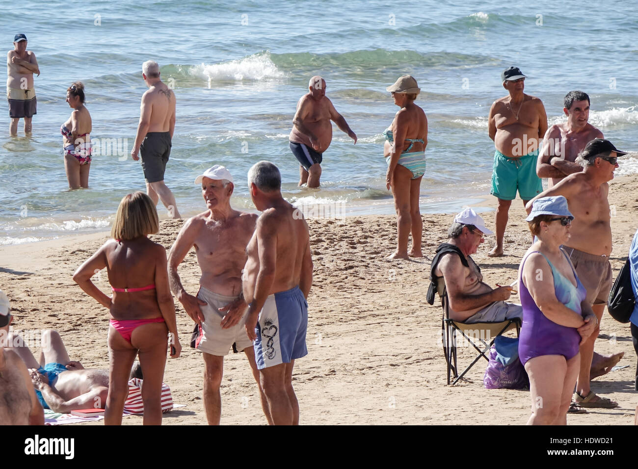 e6dc62a66a98fd Beach Men Thong Stock Photos   Beach Men Thong Stock Images - Alamy