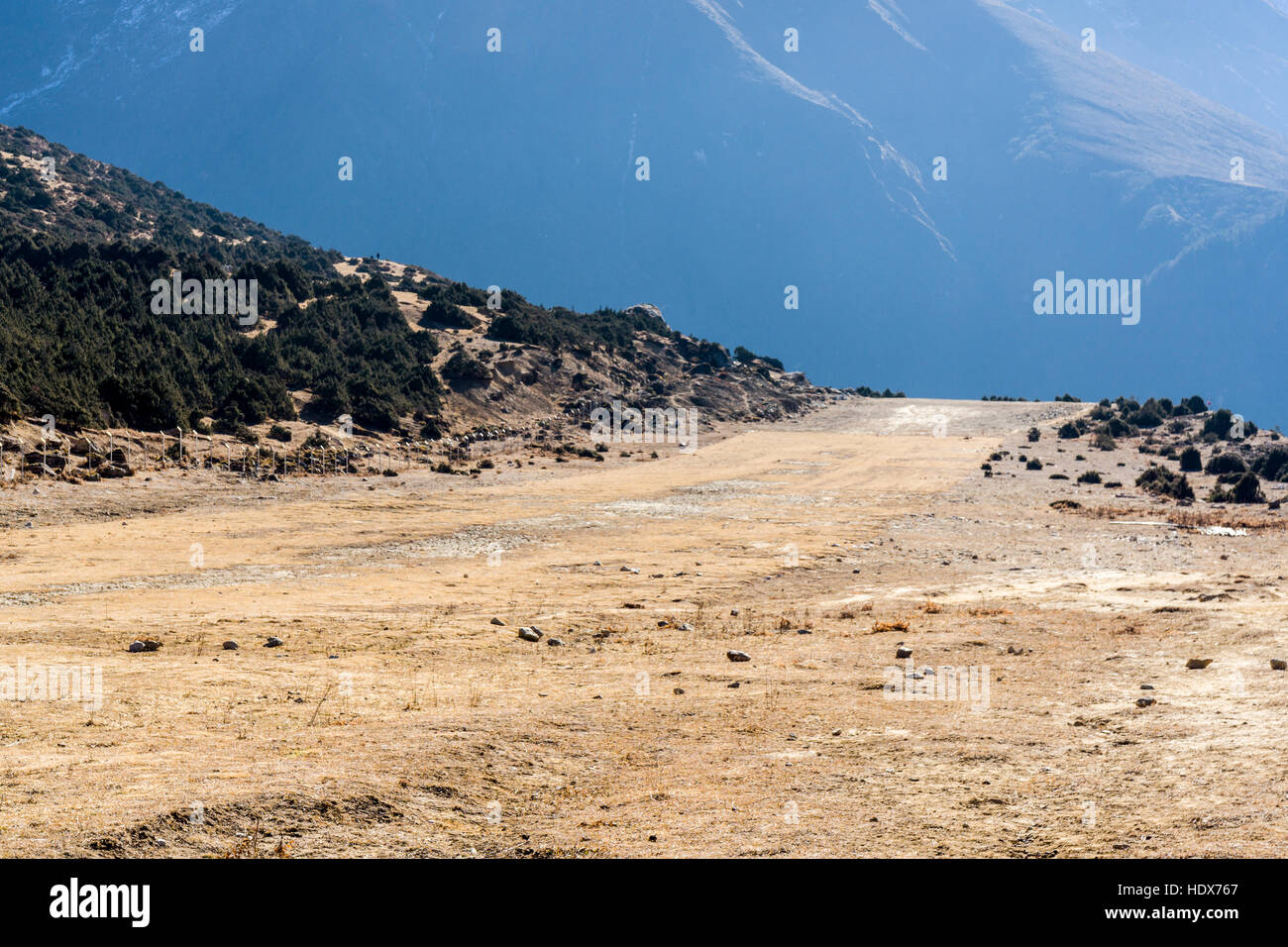 Khumjung Air Field, one of the highest and most dangerous Air Fields in Nepal - Stock Image