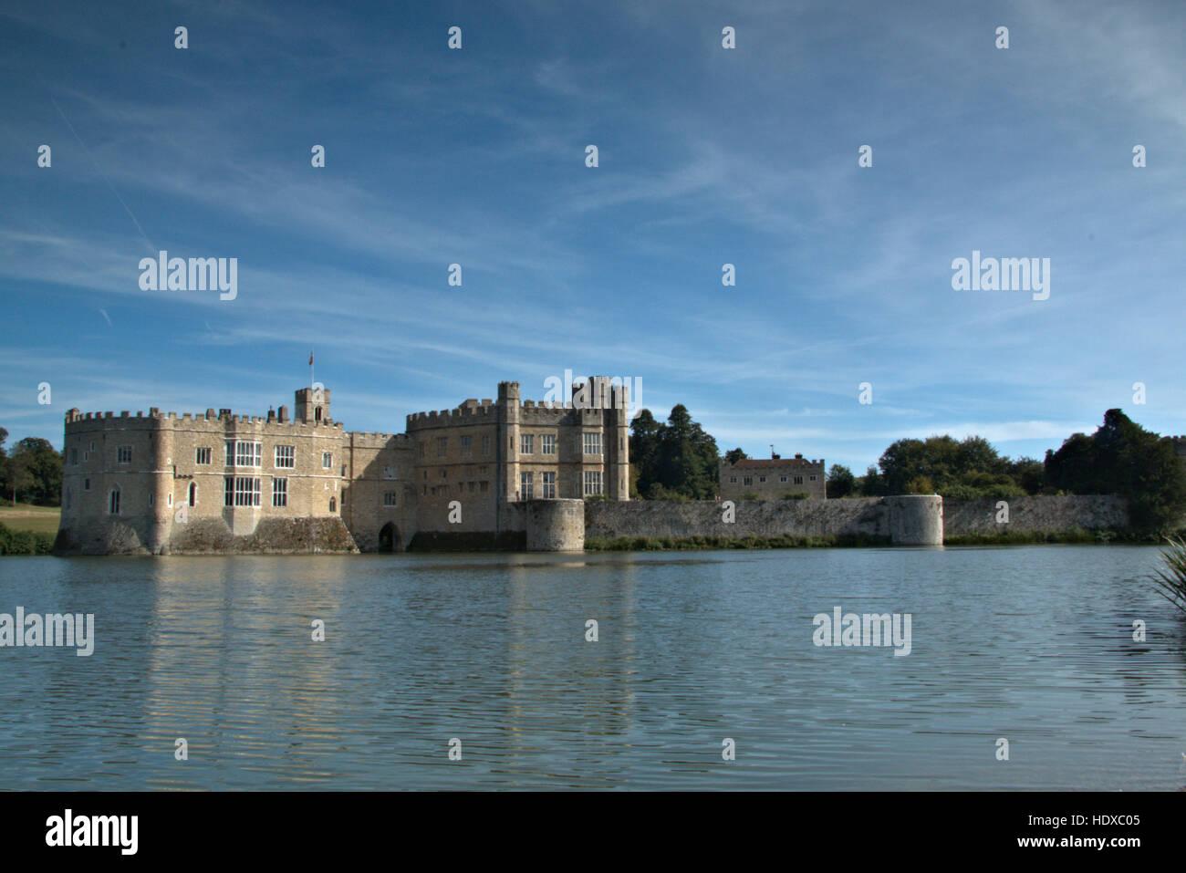 Leeds Castle using graduated filter - Stock Image