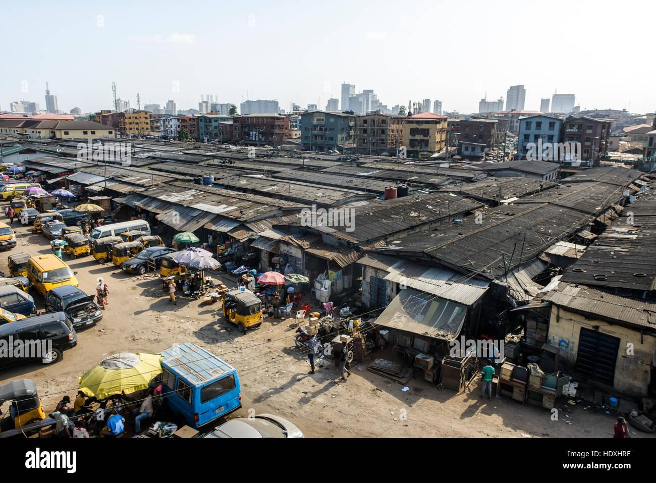 the floating slums of lagos nigeria stock photo 129047842 alamy