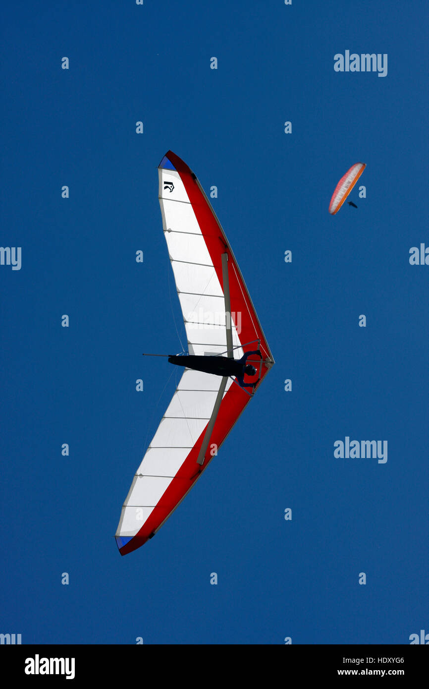 Hang glider in the sky - Stock Image