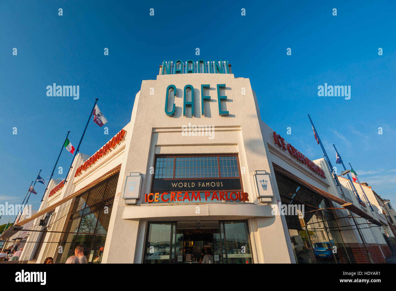 The Art Deco frontage of Nardinis cafe in Largs Ayrshire, Scotland. - Stock Image