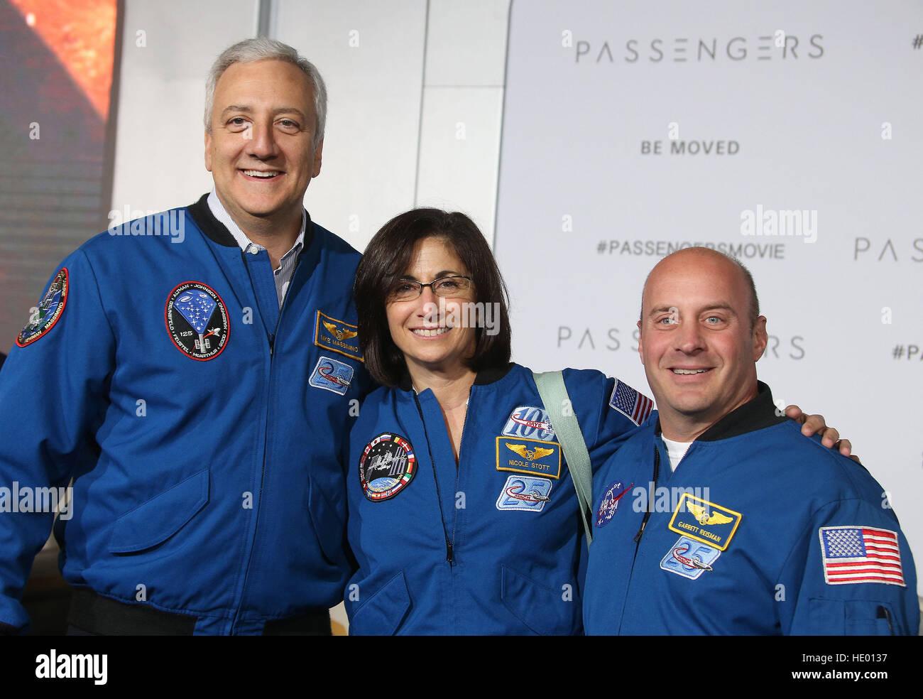 Westwood, CA, USA. 14th Dec, 2016. 14 December 2016 - Westwood, California - Astronauts, Garrett Reisman, Michael - Stock Image
