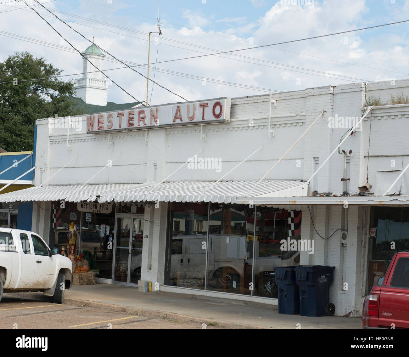 Southern Auto Parts >> Auto Parts Building In The Small Southern Town Of Tallulah