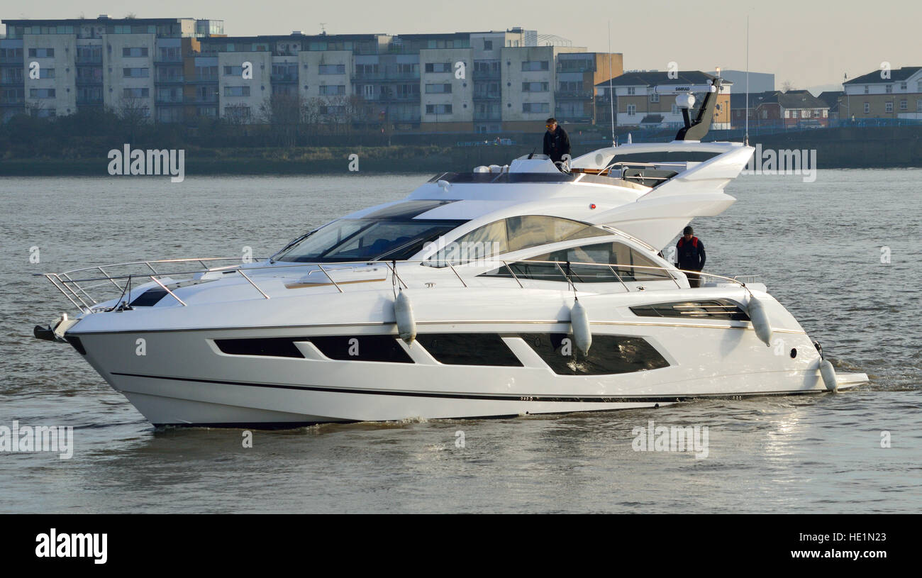 Sunseeker 68 Sport Yacht MKII Luxury yacht heading to London Boat Show 2017 Stock Photo
