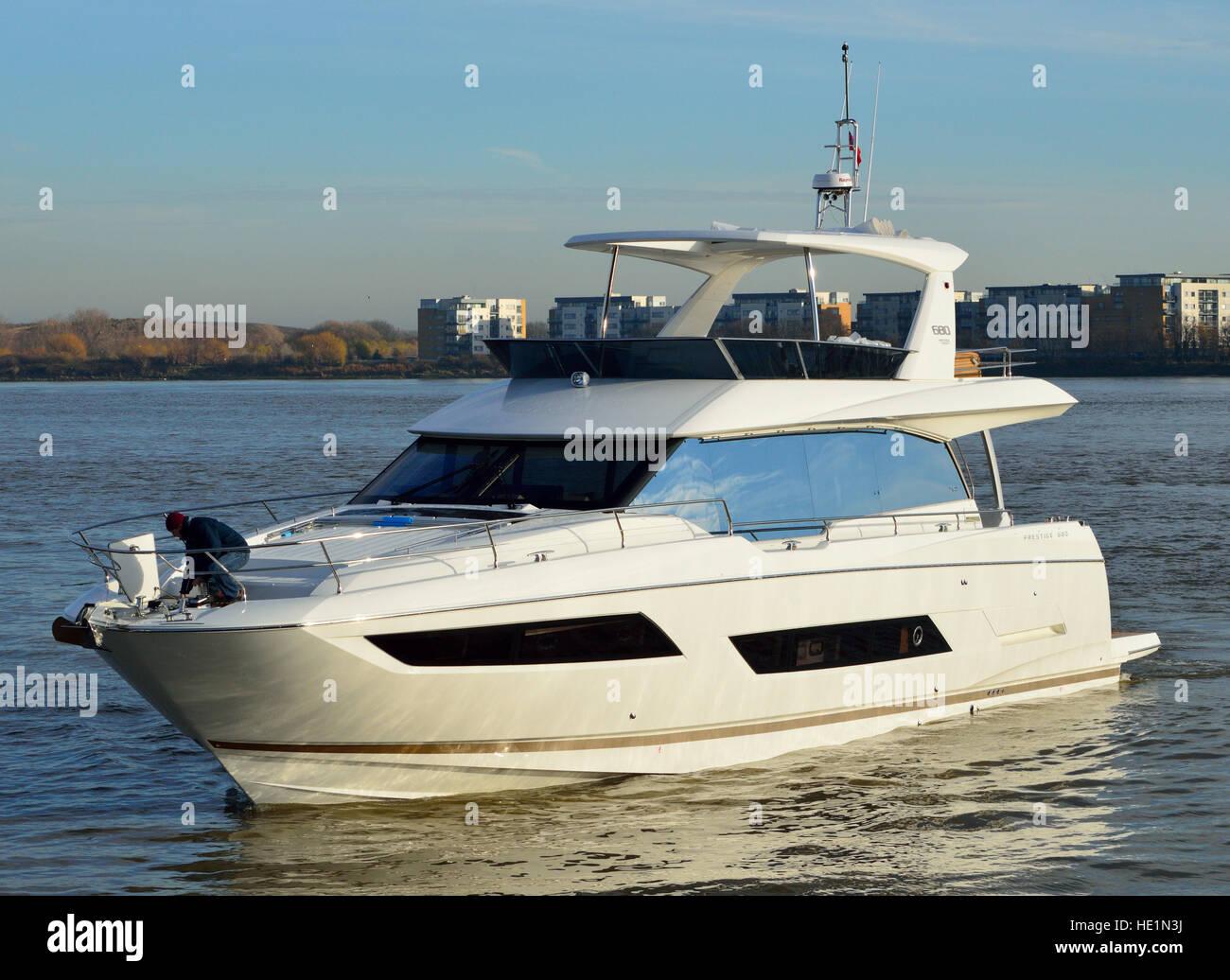 Prestige 680 Luxury yacht heading to London Boat Show 2017 - Stock Image