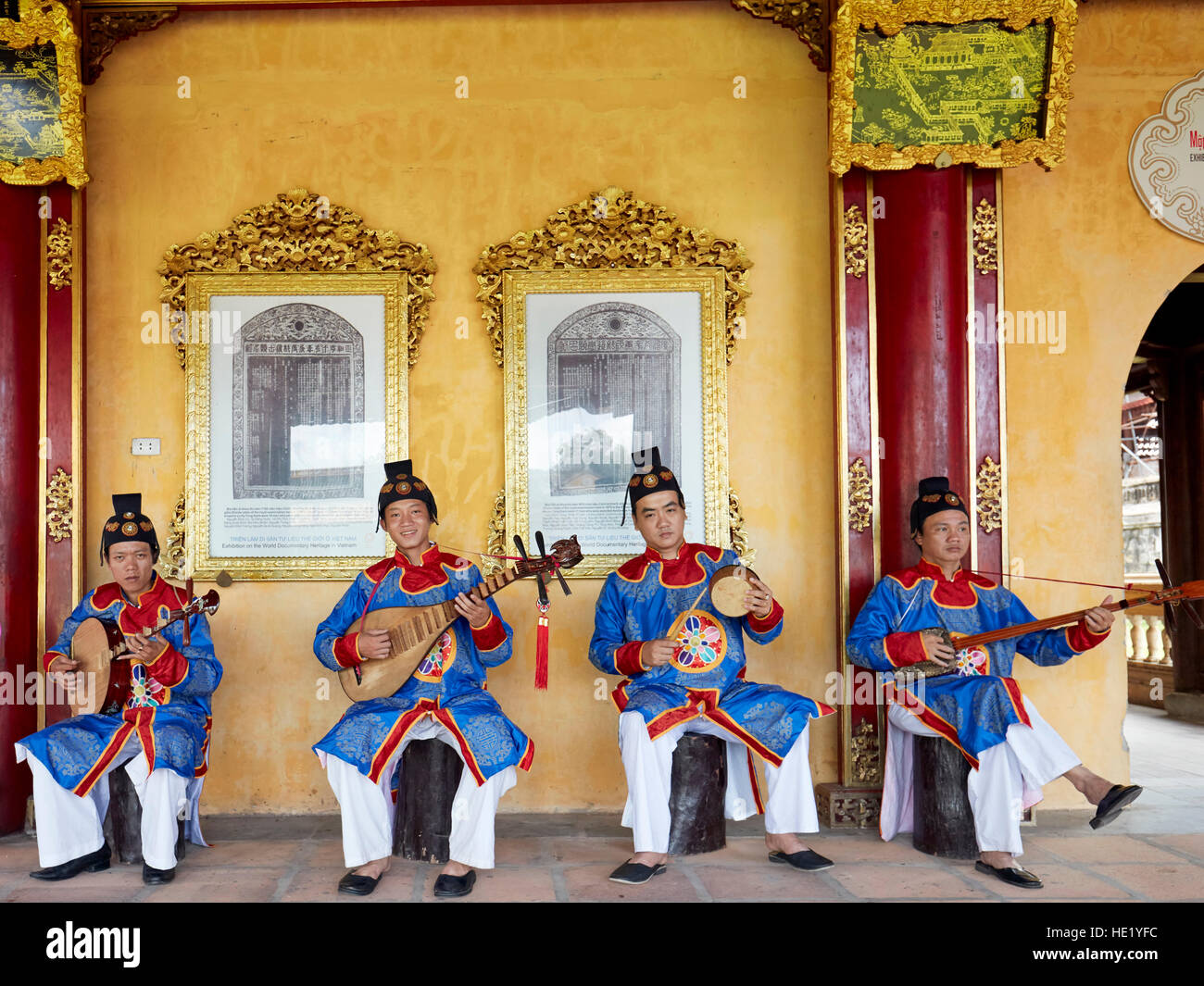 Musicians play traditional music in Can Thanh Palace (Emperor's Private Palace). Imperial City, Hue, Vietnam. Stock Photo