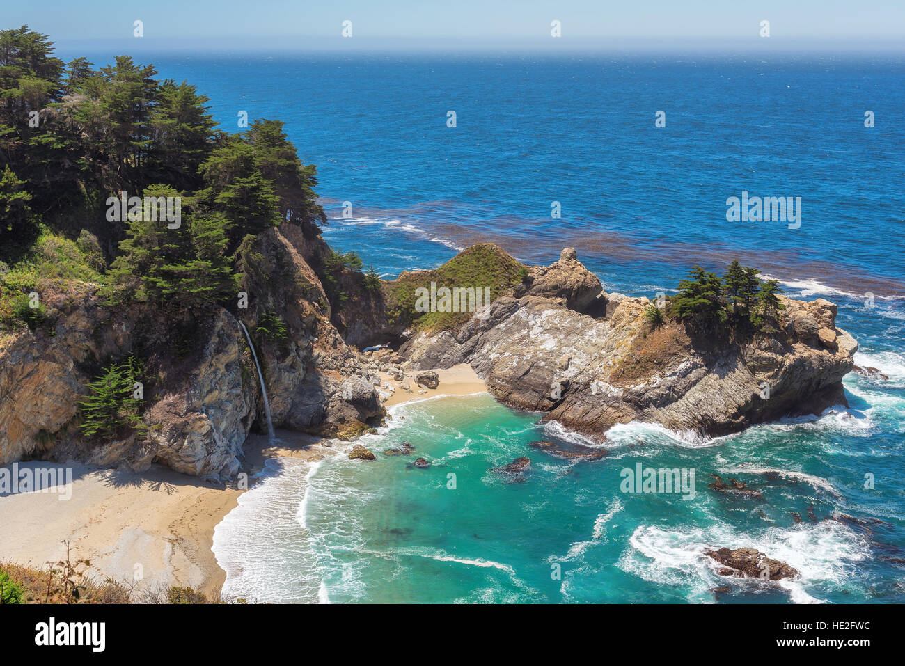 Beautiful beach on Pacific coast - Stock Image
