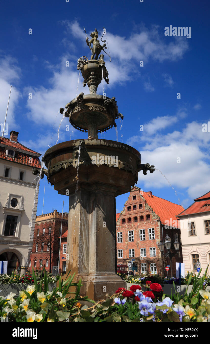 Luna fountain, market square, Lueneburg, Lüneburg, Lower Saxony, Germany, Europe - Stock Image