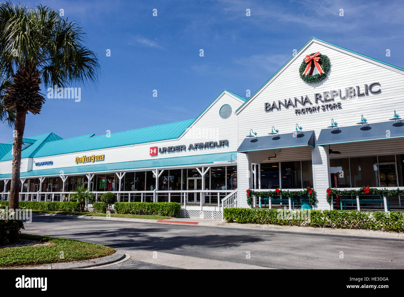 953d03c56 Fort Myers Florida Ft. Sanibel Outlets shopping exterior Banana Republic  Under Armour