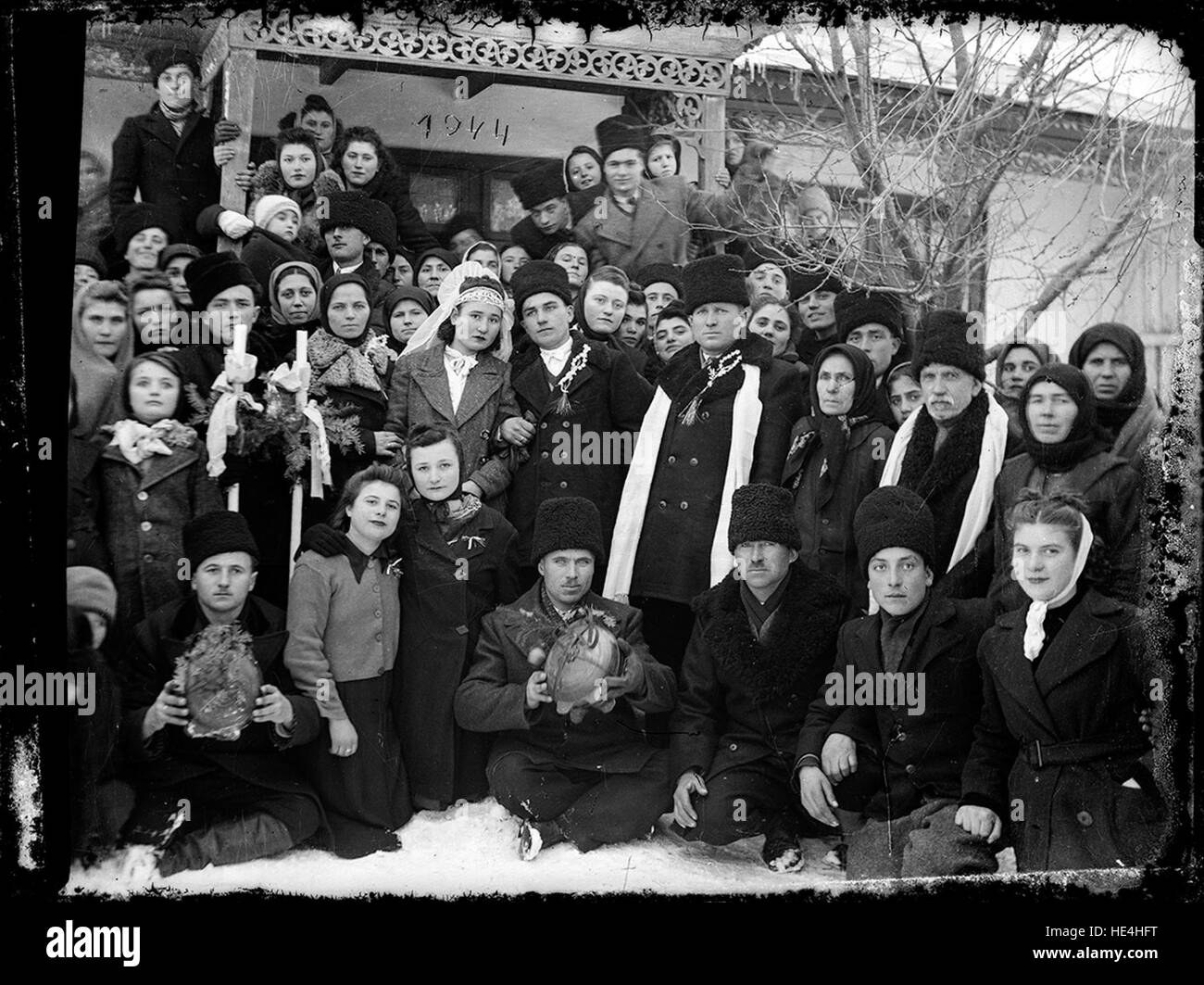 Group photography, a wedding in the winter of 1944 - Stock Image