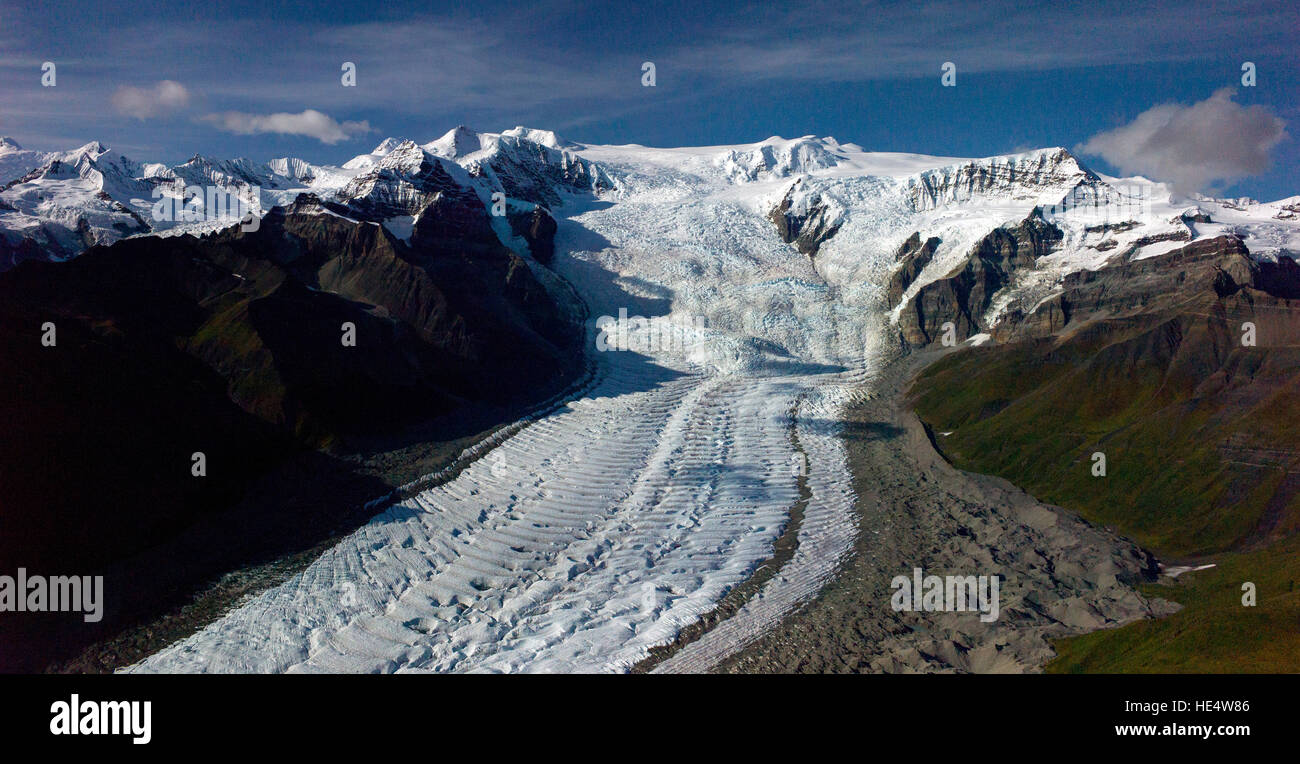 An aerial view of the Root Glacier and the Starway Icefall in the Wrangell–St. Elias National Park in Alaska, USA. - Stock Image