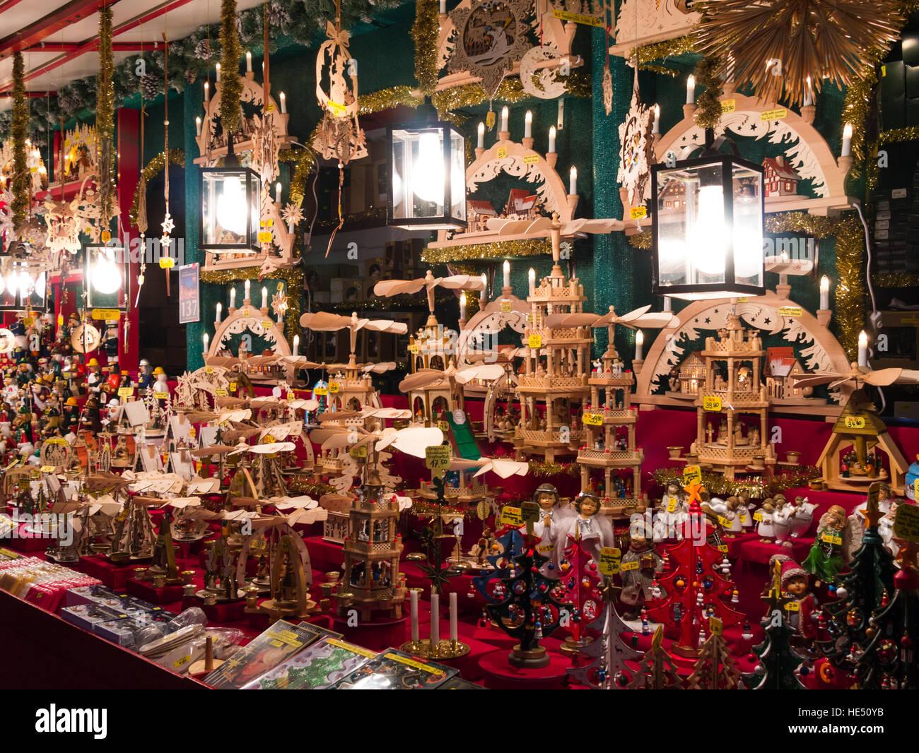 Nuremberg Christmas Market Stall Stock Photos & Nuremberg Christmas ...