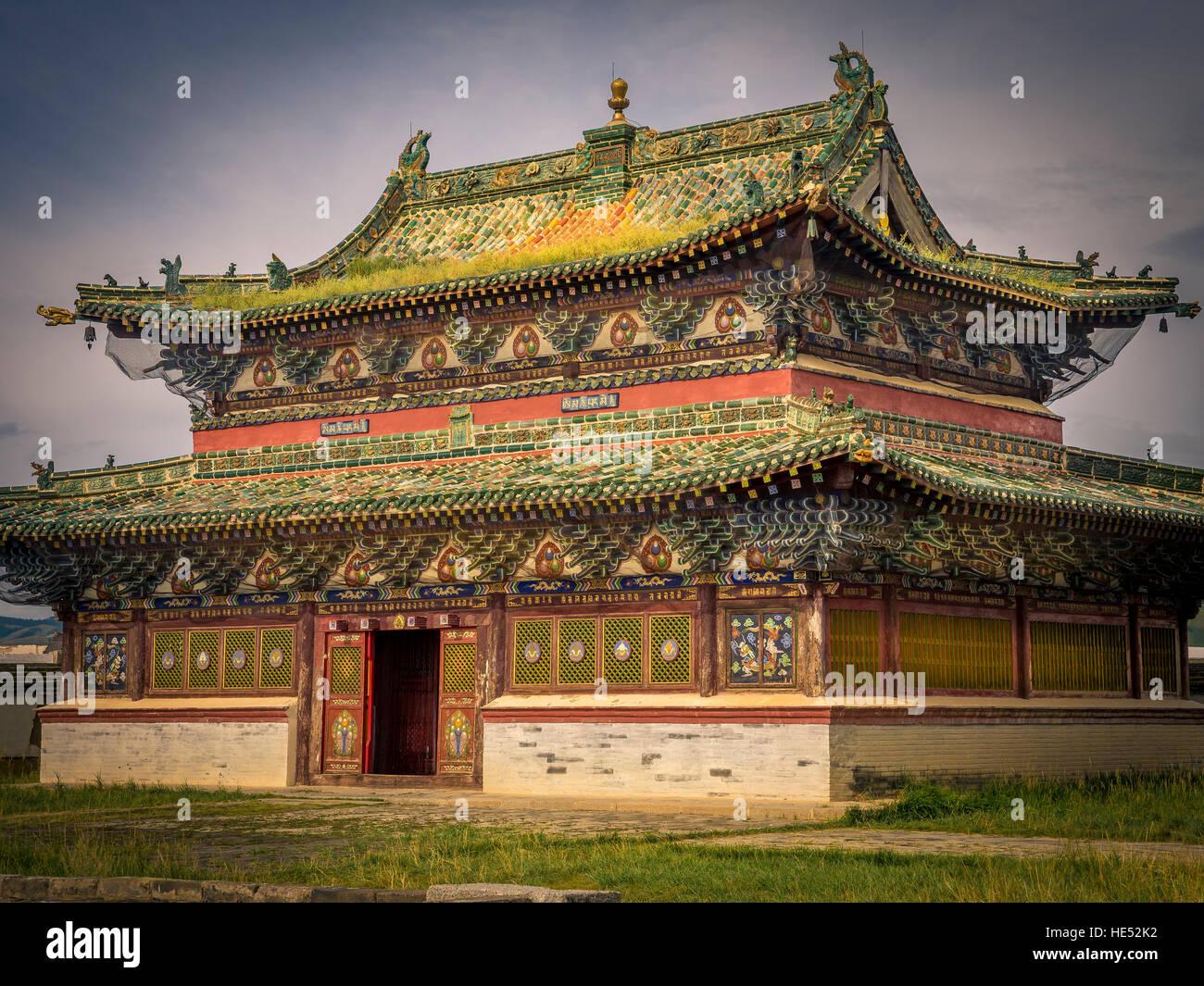 Temple at Erdene Zuu monastery, Karakorum, Kharkhorin, Övörkhangai Province, Mongolia - Stock Image