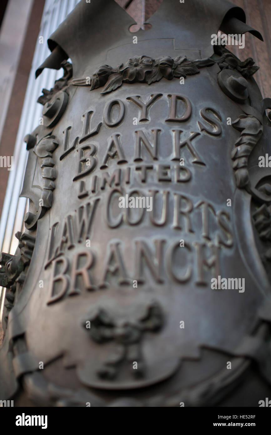 LLoyds bank Law courts branch, historic sign - Stock Image