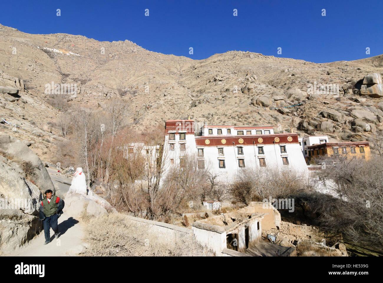 Lhasa: Monastery Sera; Kora (pilgrimage route) around the monastery, Tibet, China - Stock Image