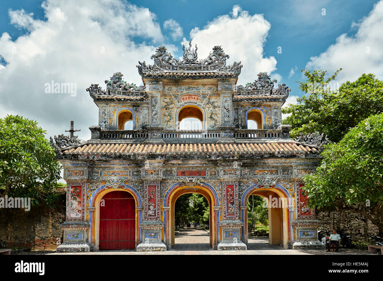 Gate In The Purple Forbidden City Imperial City The Citadel Hue Stock Photo Alamy