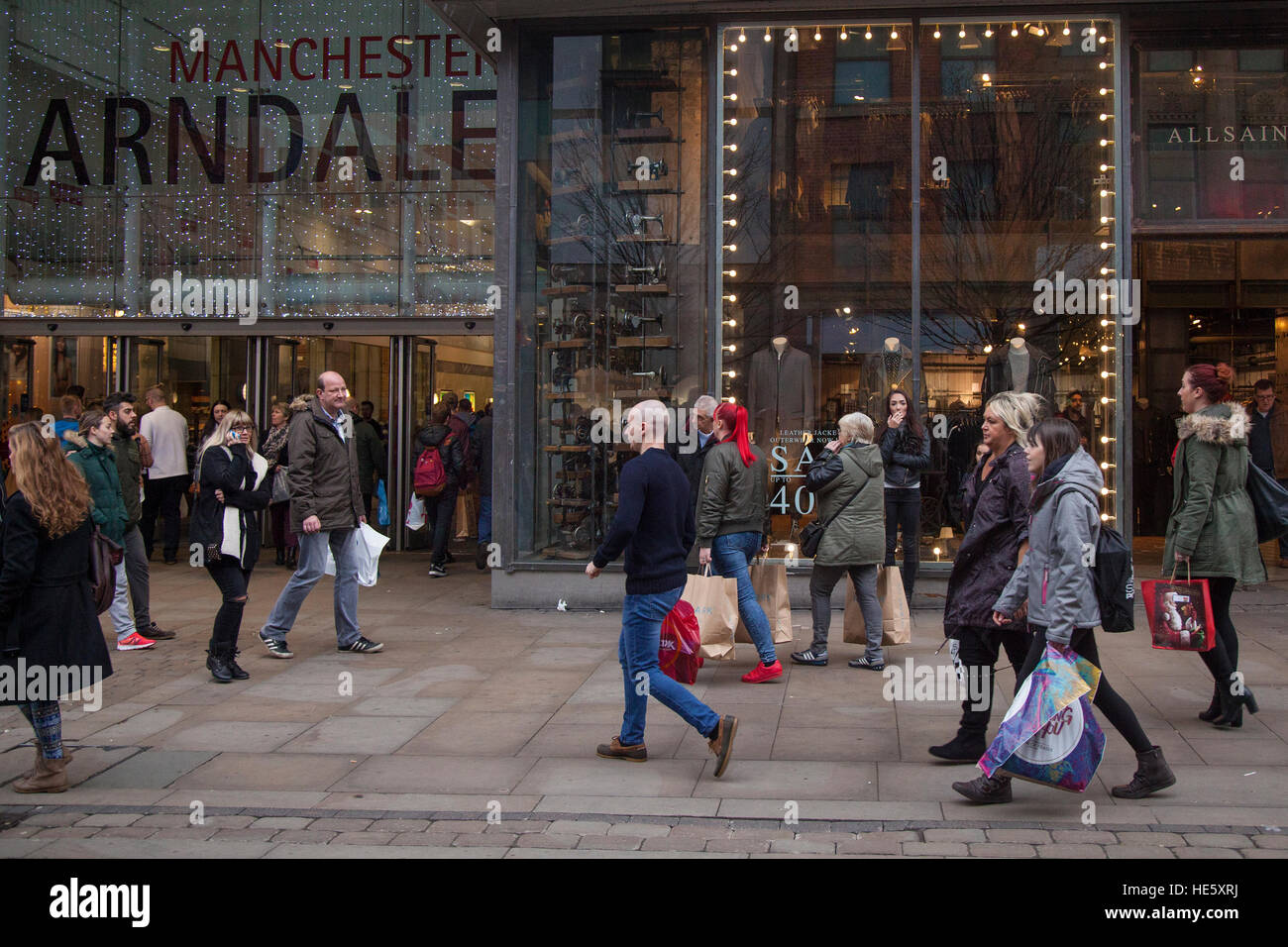 Everyday lifestyle street scenes in Manchester Arndale, UK. 17th December, 2016. Pre-Boxing Day Sales start in the Stock Photo