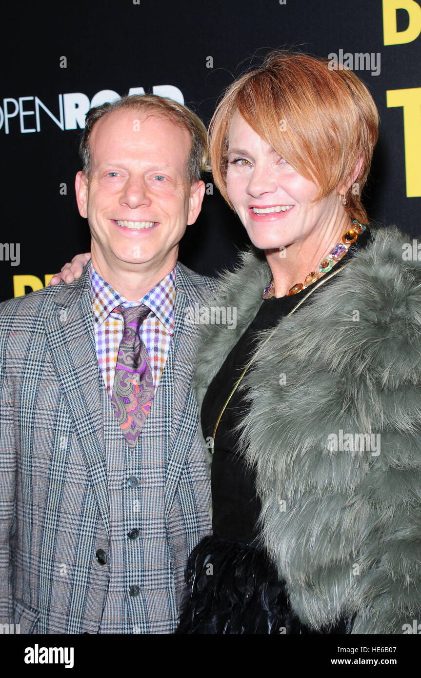 Bruce Cohen (left) and Shawn Colvin attending the New York premiere of 'Bleed For This,' hosted by Open - Stock Image