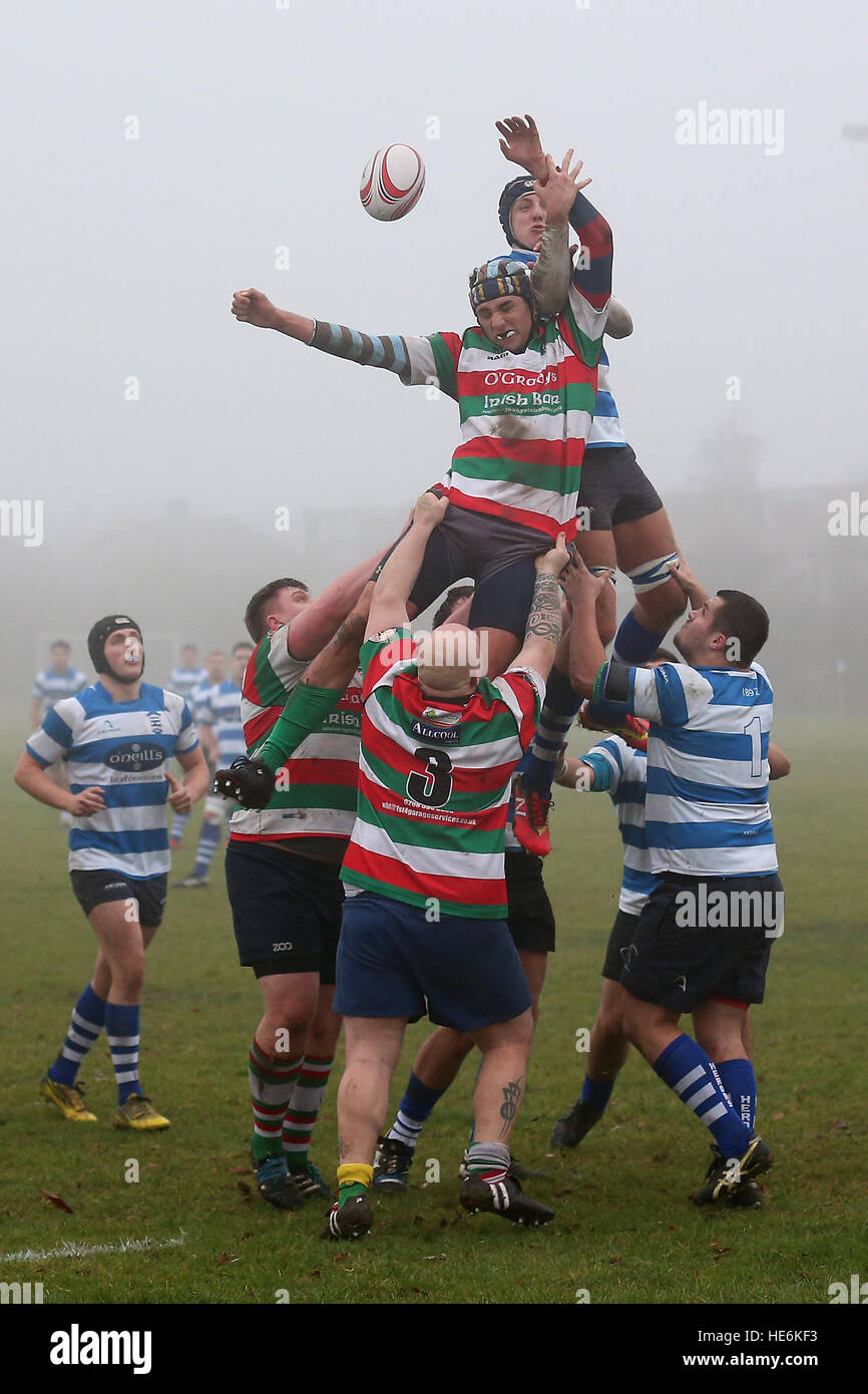 Ilford Wanderers RFC vs Wanstead RFC, London 3 North East Division Rugby Union at Forest Road on 17th December 2016 Stock Photo