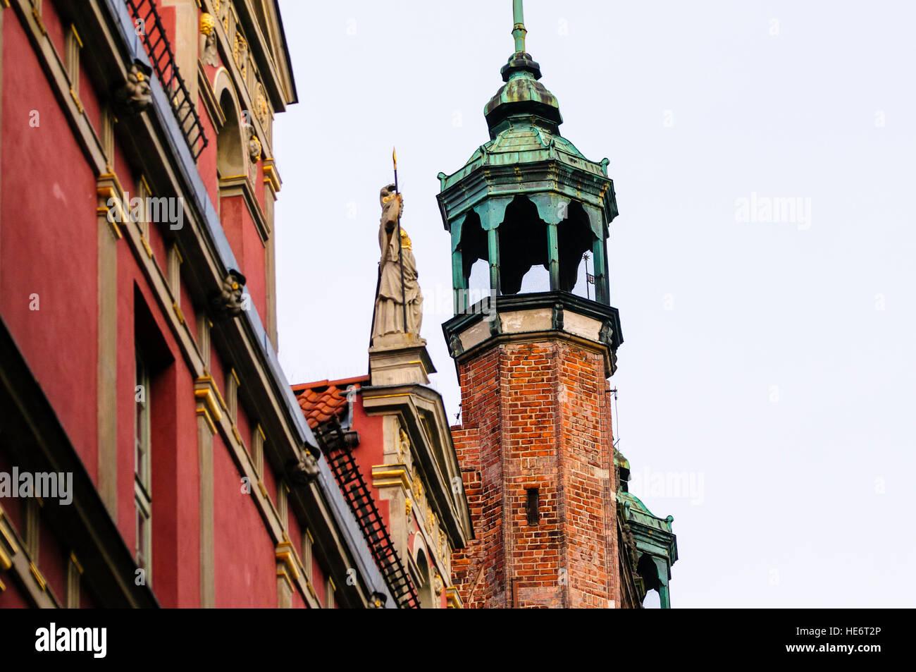 One of the minor spires of the Muzeum Historyczne Miasta Gdańska in Dluga, Dlugi Targ, Gdansk - Stock Image