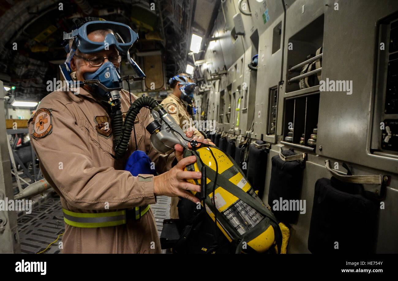 Portable Oxygen Tank Stock Photos Portable Oxygen Tank Stock