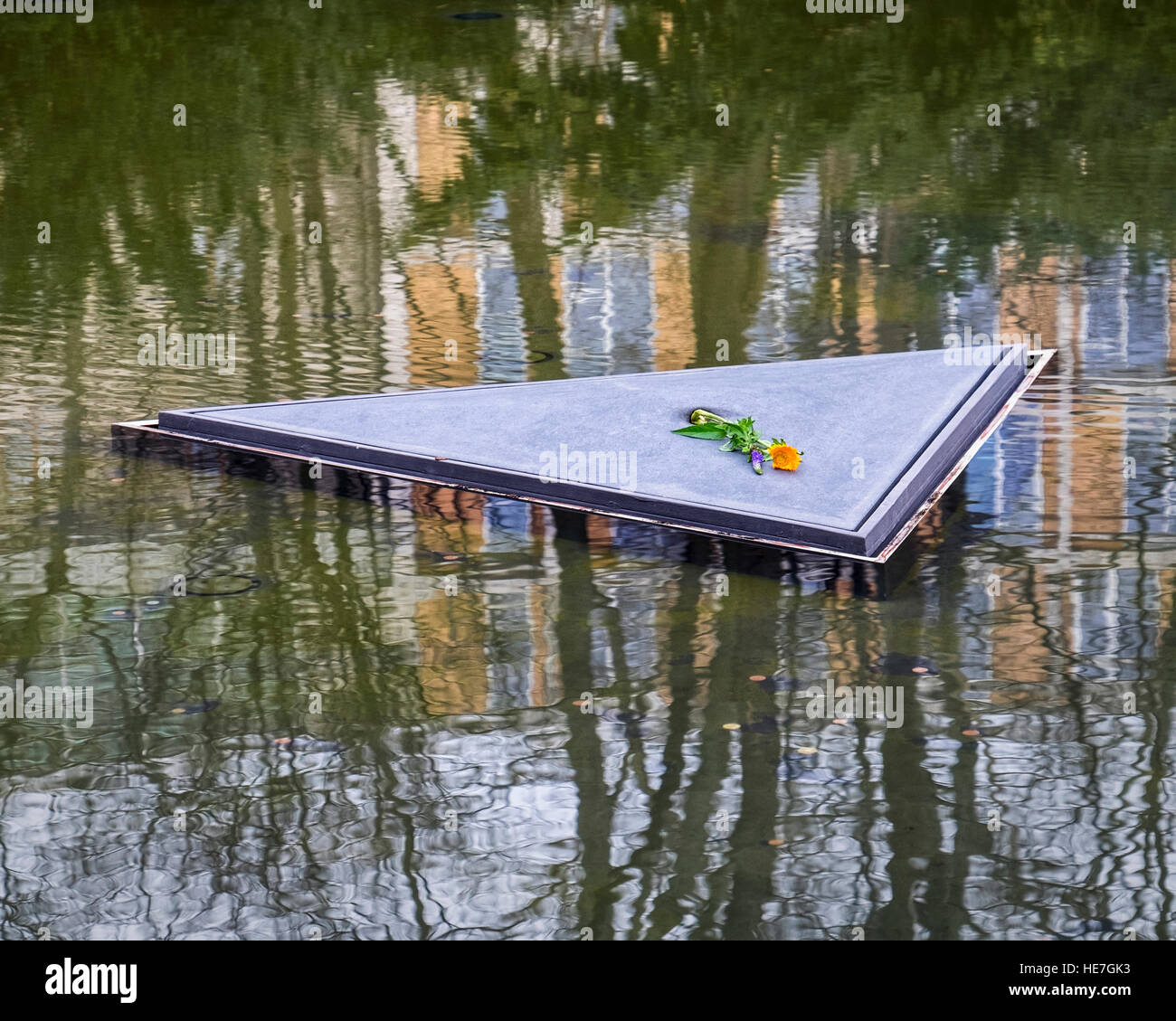 Berlin, Pond of Memorial to the Sinti and Roma people of Europe murdered under National Socialism Stock Photo