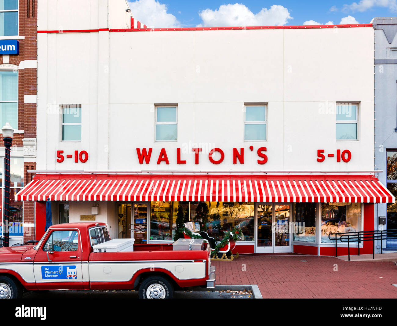 Sam Waltons First Five And Dime Store In Bentonville Arkansas Usa Now The Walmart Visitors Center