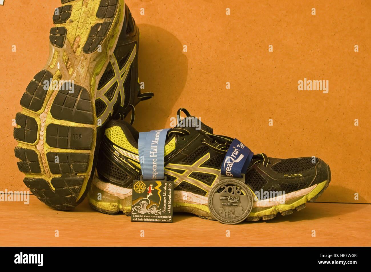 b5837065e7d8 asics running marathon. A pair of Asics running shoes ...