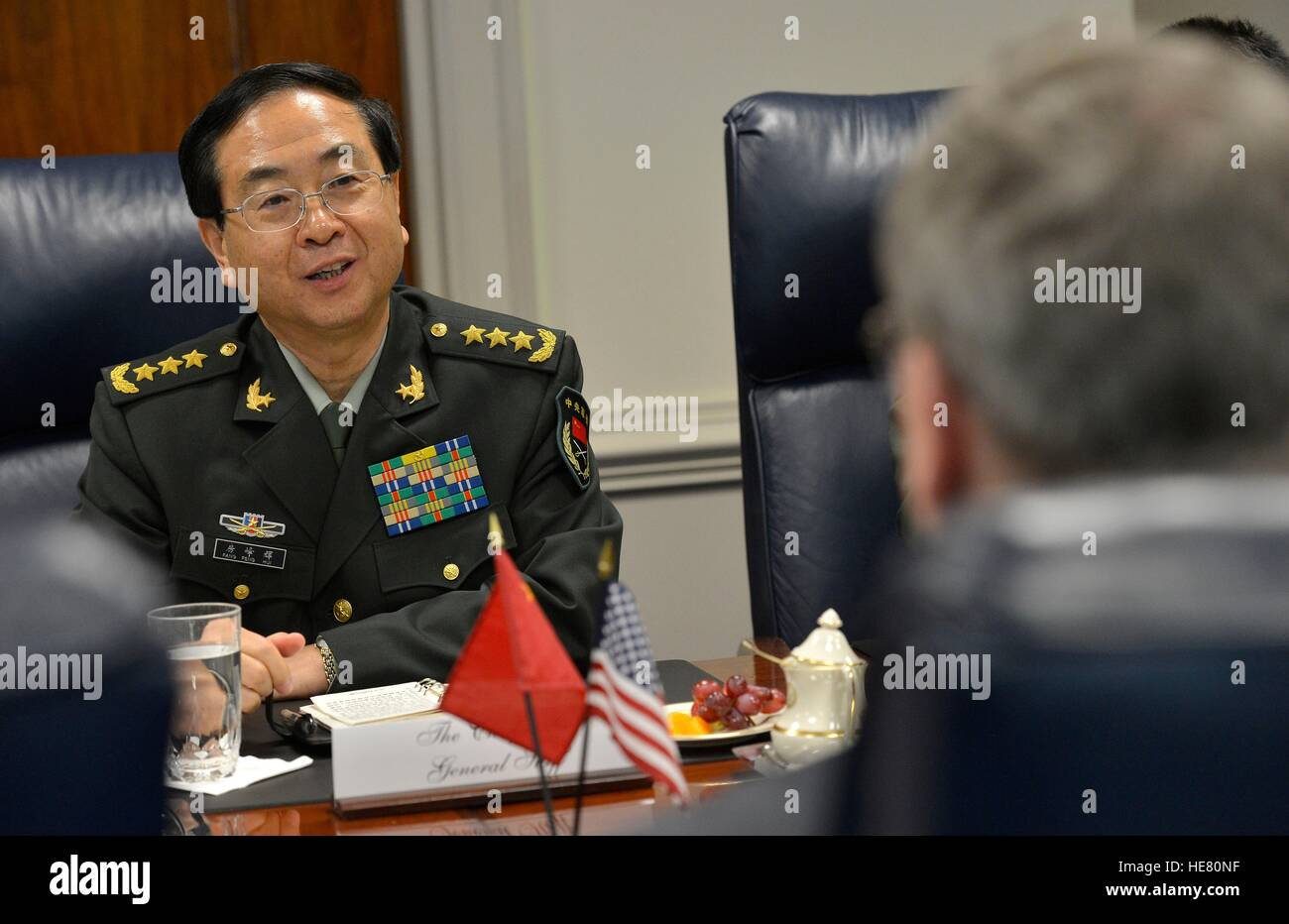 Chinese Chief of General Staff Fang Fengshui meets with U.S. Deputy Secretary of Defense Bob Work at the Pentagon - Stock Image