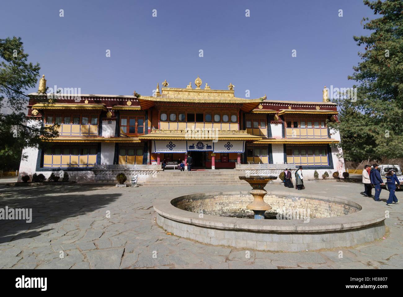 Lhasa: Norbulingka: Summer Palace of the Dalai Lamas; New summer palace built by the 14th (today) Dalai Lama, Tibet, - Stock Image