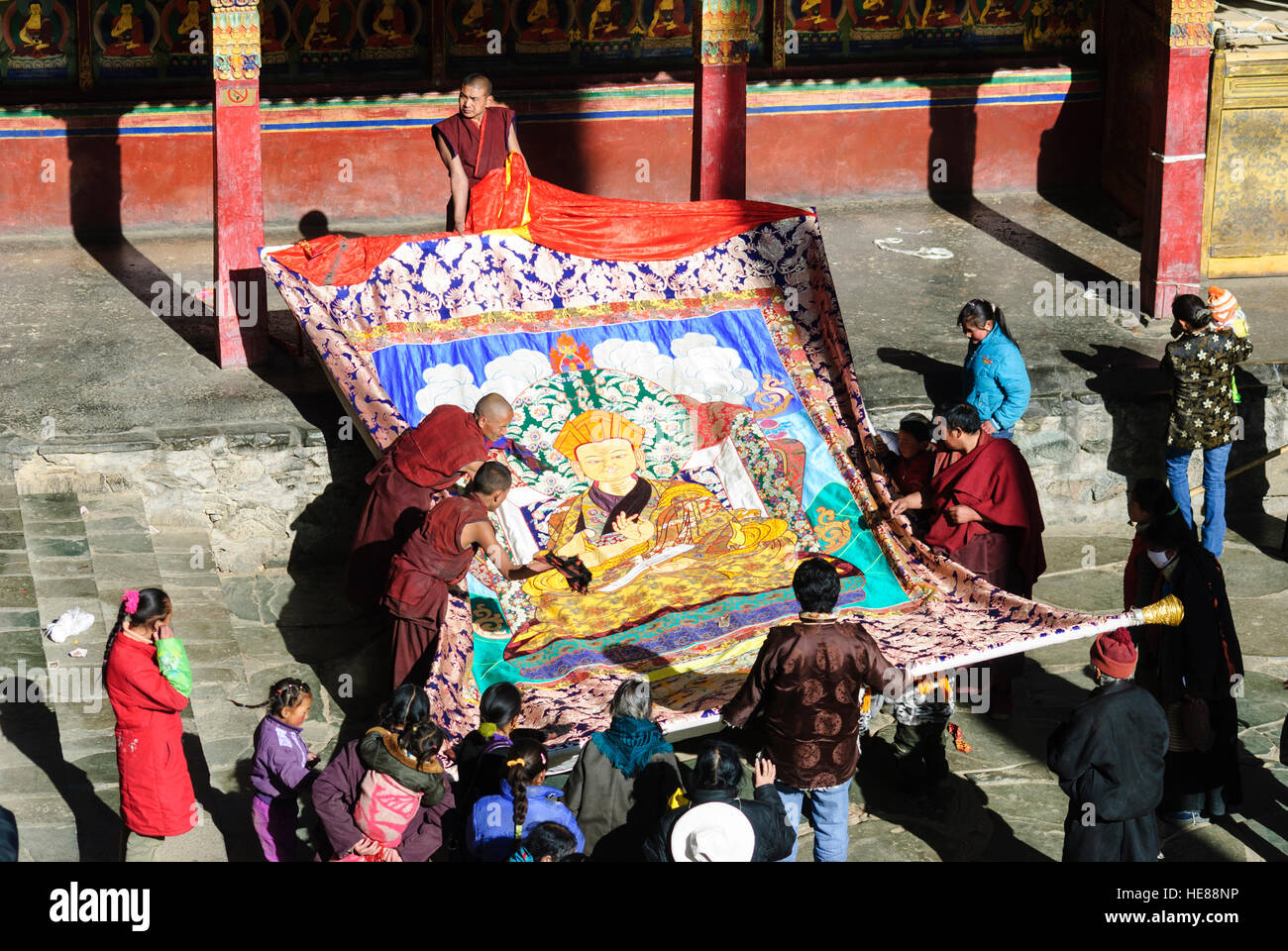 Shigatse (Xigaze): Tashilhunpo Monastery (seat of the Panchen Lama); Kelsang Temple; A thangka (roll image) is tentatively - Stock Image