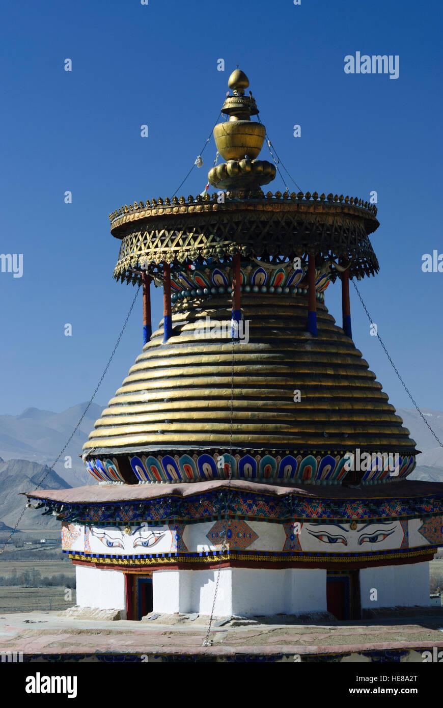 Gyantse: Pelkor Chöde - Monastery; Gyantse Kumbum (a Chörten), Tibet, China - Stock Image