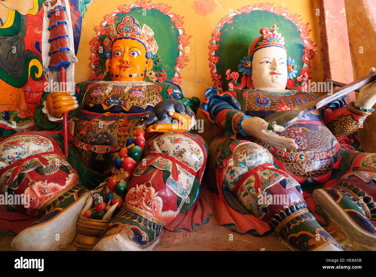 Gyantse: Pelkor Chöde - Monastery; 2 of the 4 World Guardians at the entrance to the assembly hall, Tibet, - Stock Image