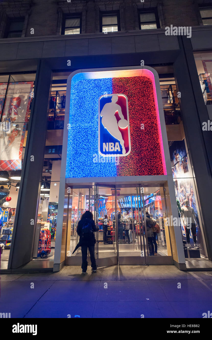 Christmas display of the NBA store on Fifth Avenue in Midtown Manhattan in  New York on cf9c17b5858d