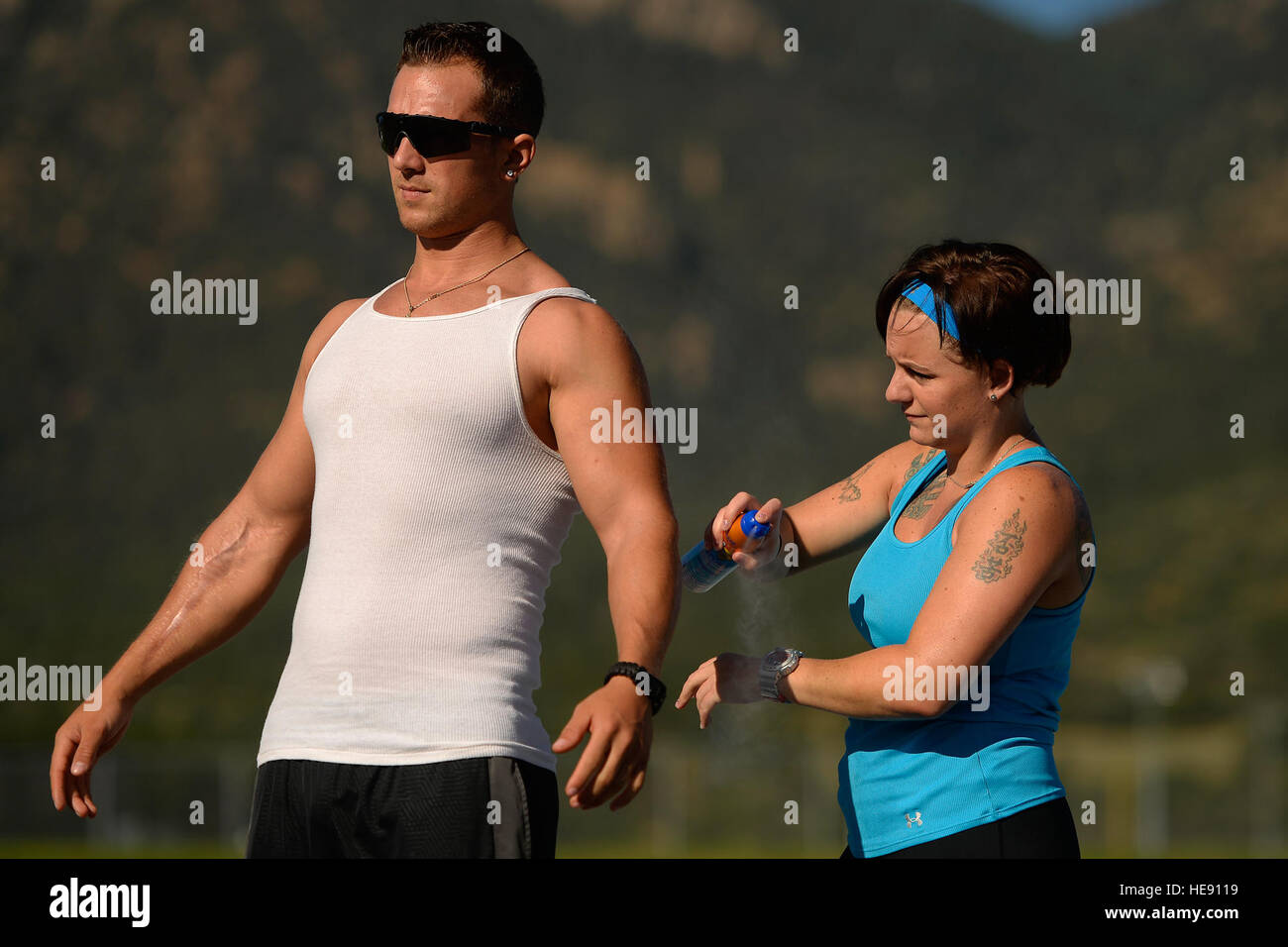 Melissa Coduti and Gideon Connelly, Wounded Warrior athletes, prepare for track and field practice Aug. 3, 2014, - Stock Image