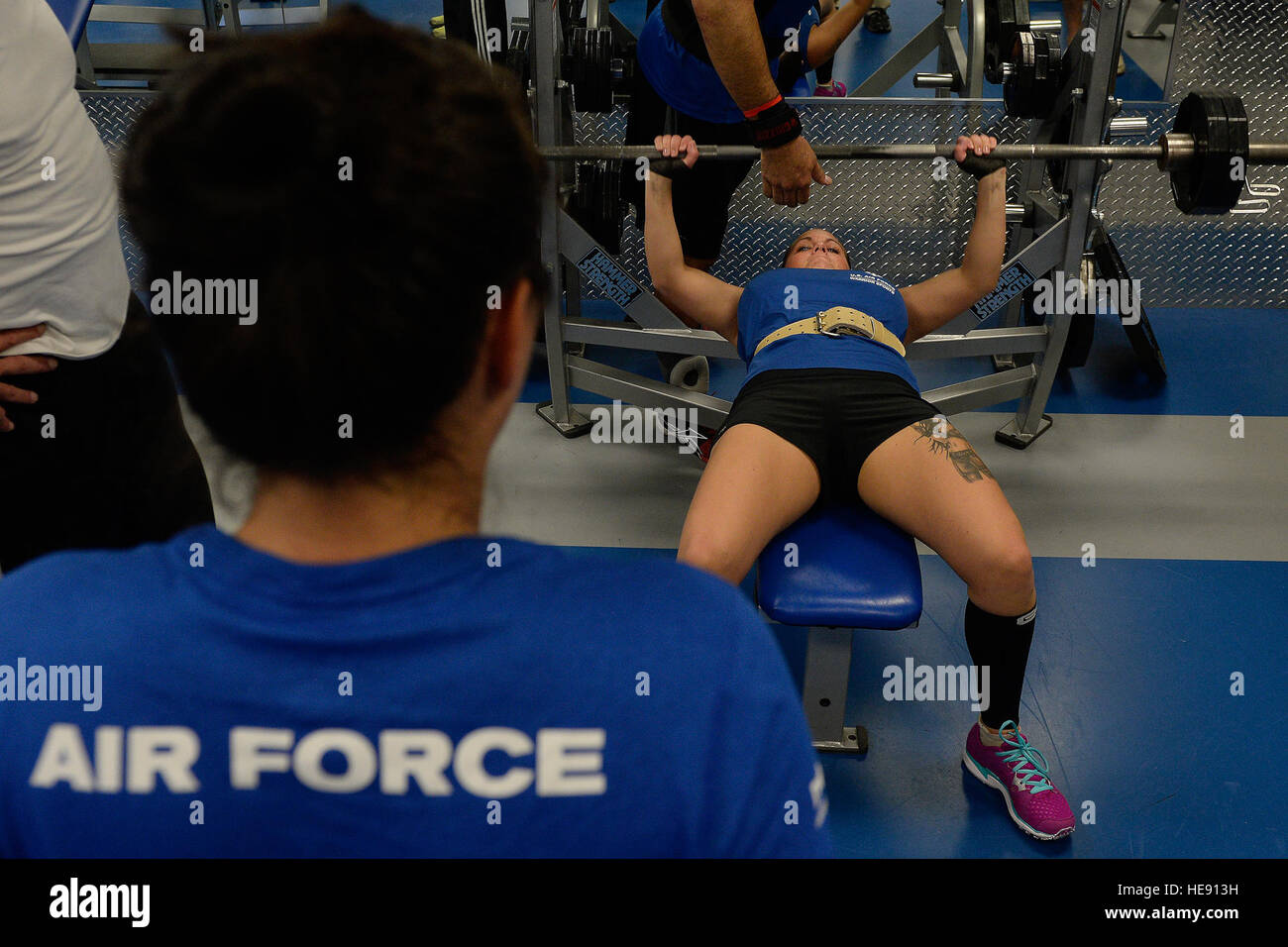 Superb Melissa Coduti Wounded Warrior Athlete Works On The Bench Alphanode Cool Chair Designs And Ideas Alphanodeonline