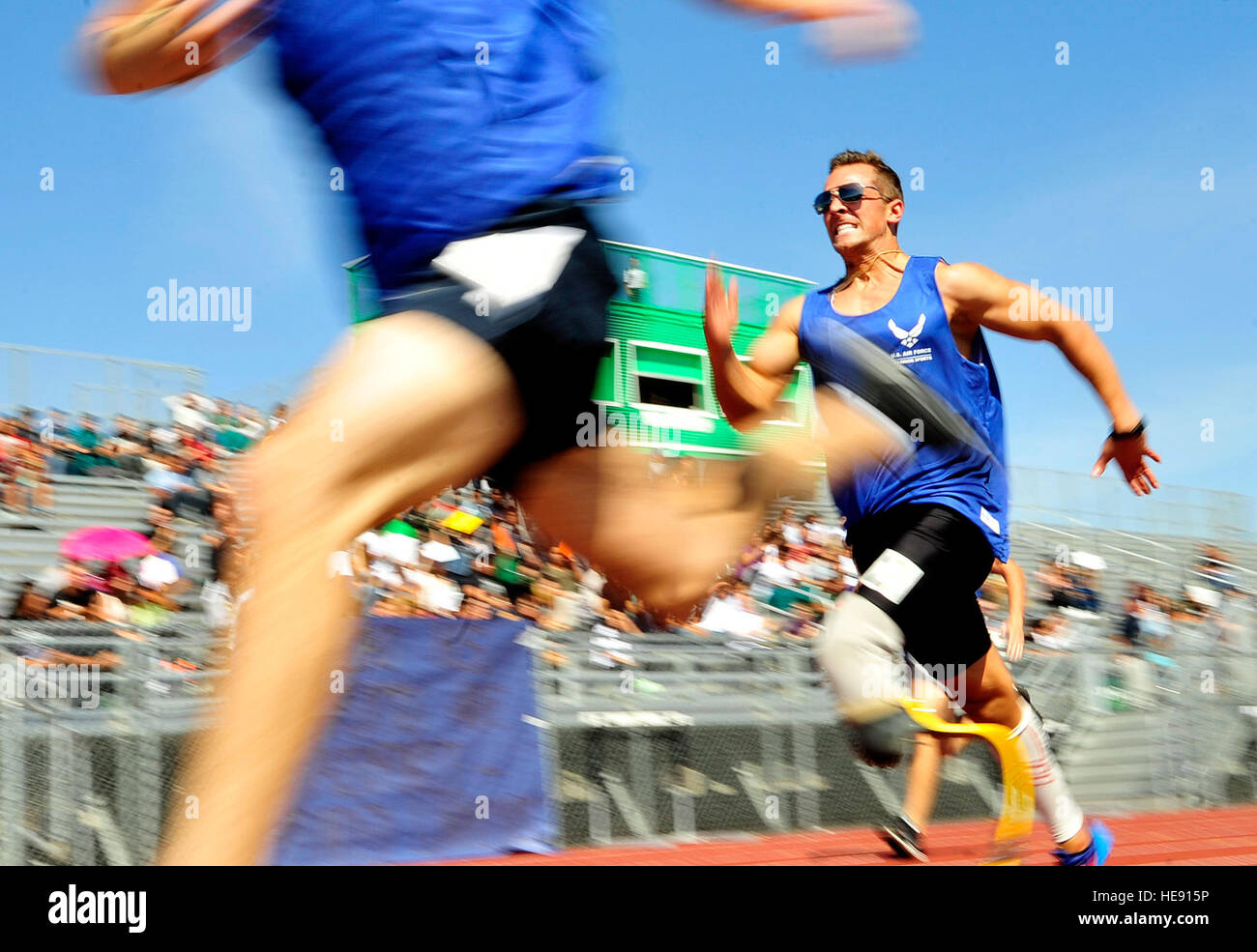 Wounded warrior Retired Senior Airman Gideon Connelly performs the the 100-meter race at Rancho High School, Las - Stock Image