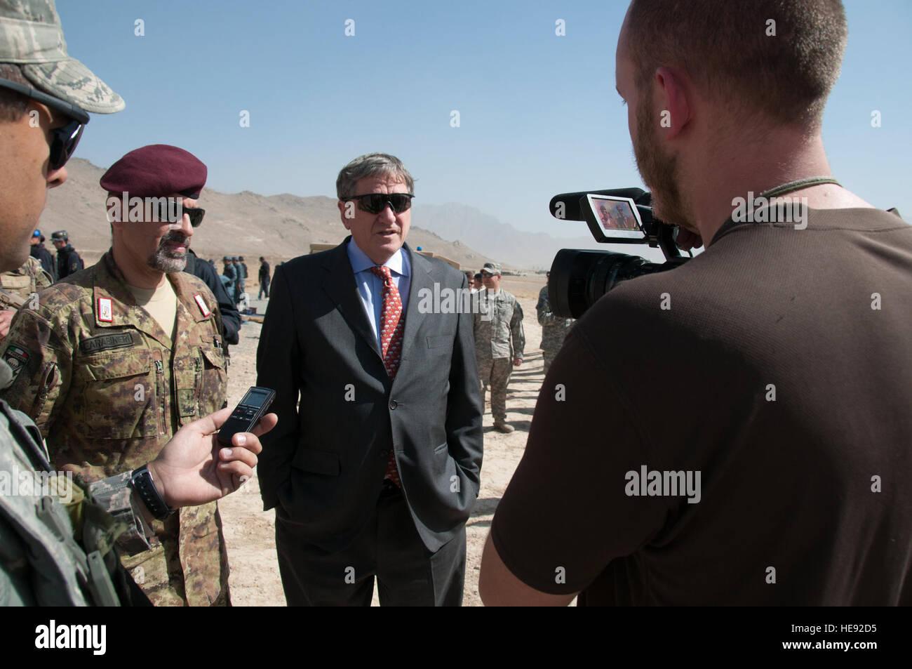 101025-F-1020B-087.jpg Kabul - Ambassadro Richard Holbrooke, Special Representative for Afghanistan and Pakistan, - Stock Image
