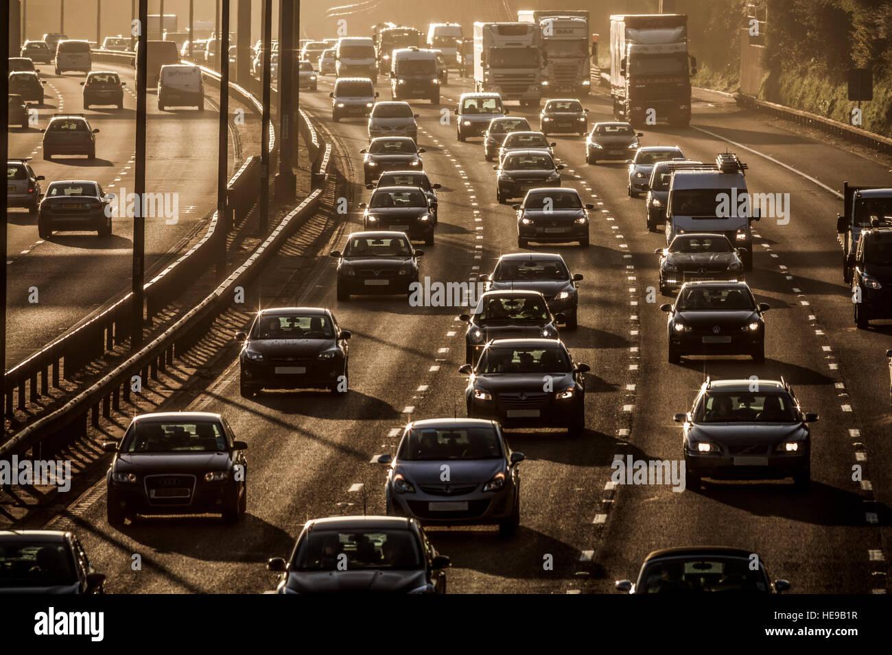 Heavy rush hour traffic on M25 motorway in Surrey - Stock Image