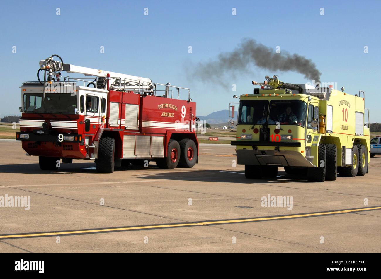 Electrical Fire Stock Photos Images Alamy 07 Jk Fuse Box Engines Rush To A Mock On An Aircraft During Exercise Crisis Fury